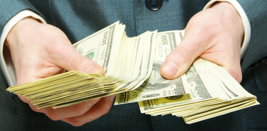 Cum poti sa iti faci rost de bani simplu si usor?