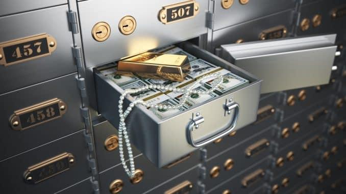 Safe box vs. fire deposit box