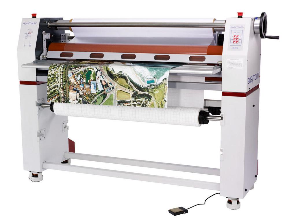 De la imprimare la montare - etape de productie banner outdoor